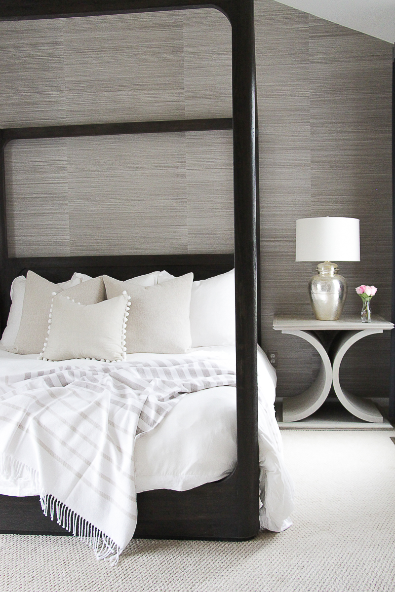 How to Make the Perfect Bed | Spring Bedroom Decorating Ideas | Spring Bedroom Makeover | Neutral Bedroom Décor Ideas | White Bedding Ideas | Grasscloth Wallpaper Ideas