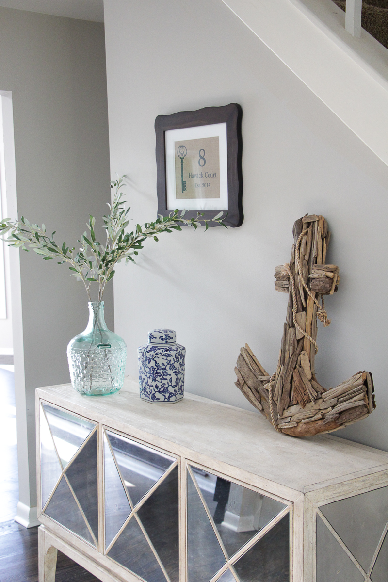 Mirrored Console Table | Entryway Table Ideas | Driftwood Decor