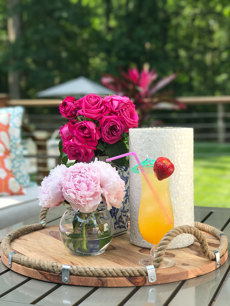 Come see more outdoor decor inspiration on this bloggers Summer Outdoor Living Tour!