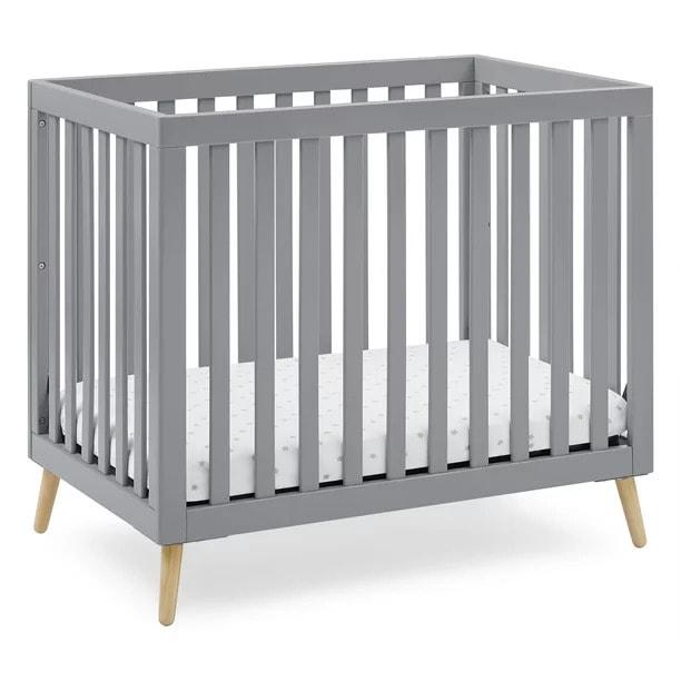 Delta children small crib