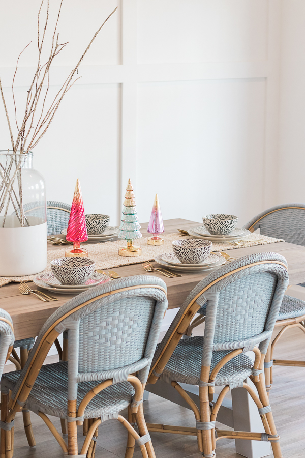 holiday tablescape place settings