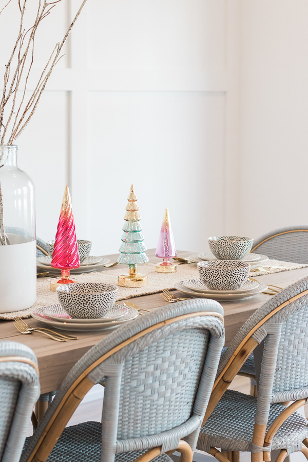 pastel christmas table